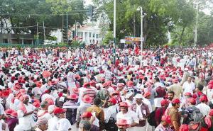People Throng Kerala Secretariat on August 12